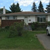 4 bedroom house located 2 blocks from Confederation College